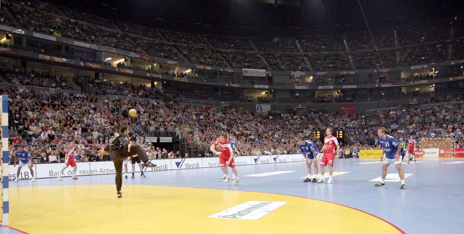Kolnarena_Handball_01.jpg