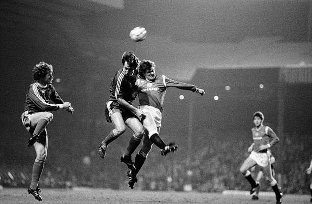osztalynaplo_Csuhay_Jozsef_UEFA_Manchester.jpg