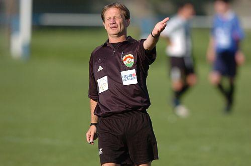 szíjártó referee.jpg