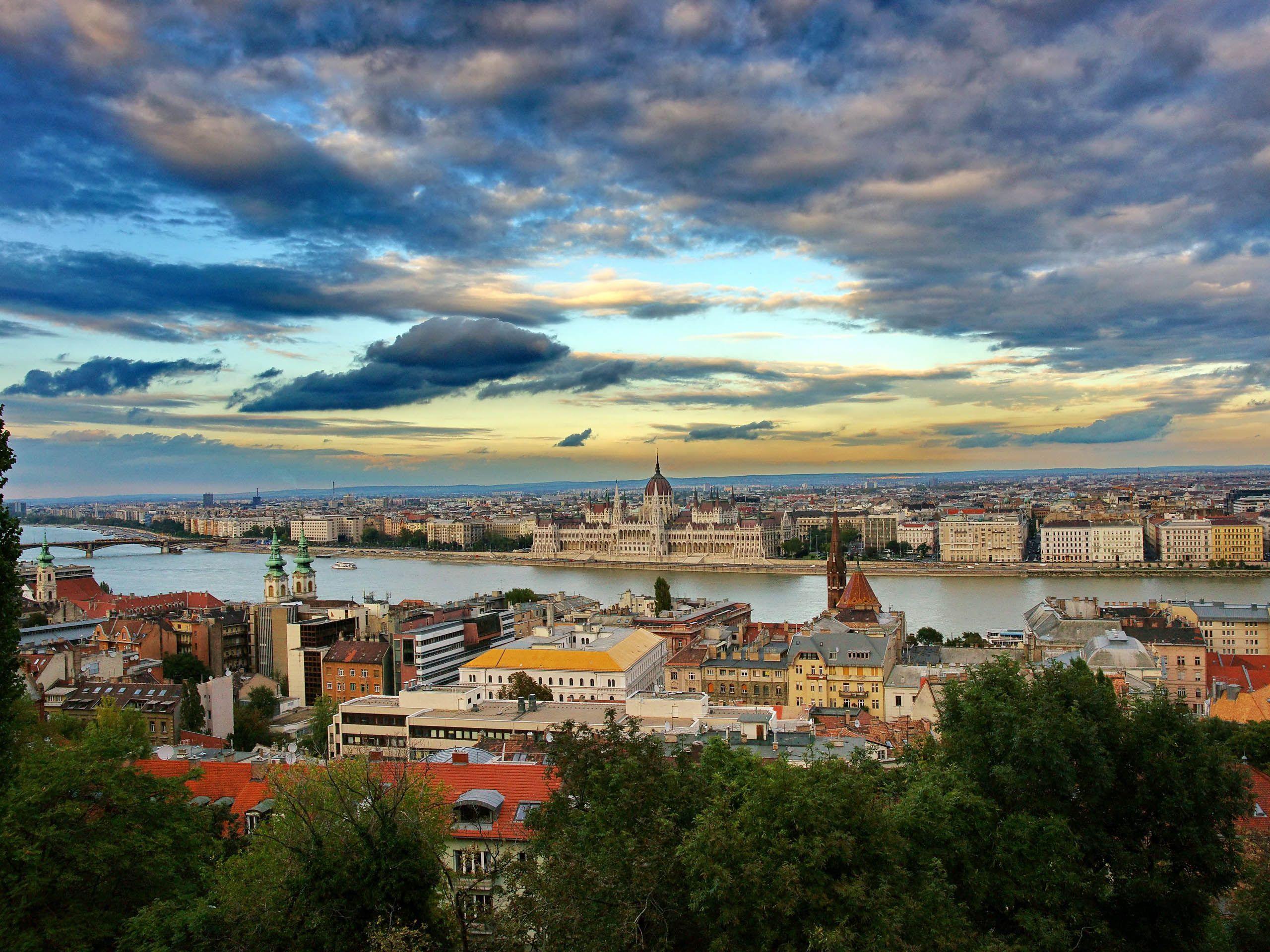 landscape-budapest-budapest-hungary.jpg