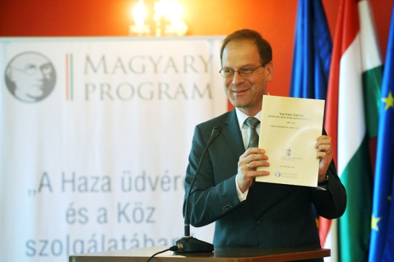 20120916-navracsics-tibor-jo-allam-magyary-program.jpg