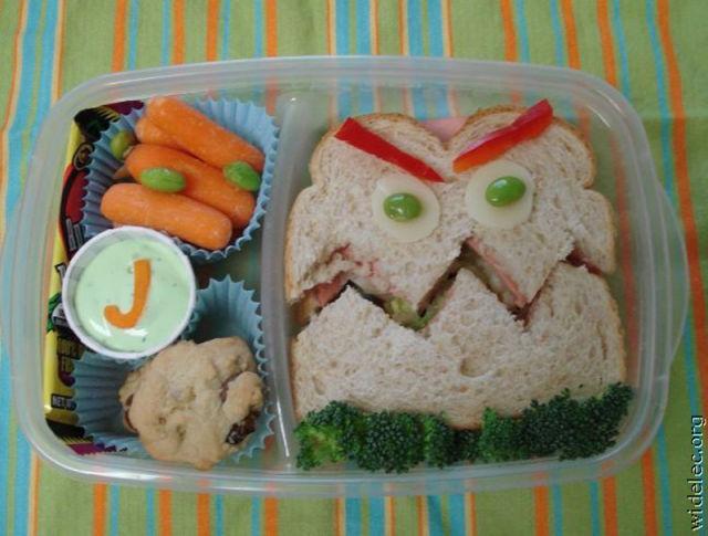 bizarre-edible-funny-food-creations-15.jpg