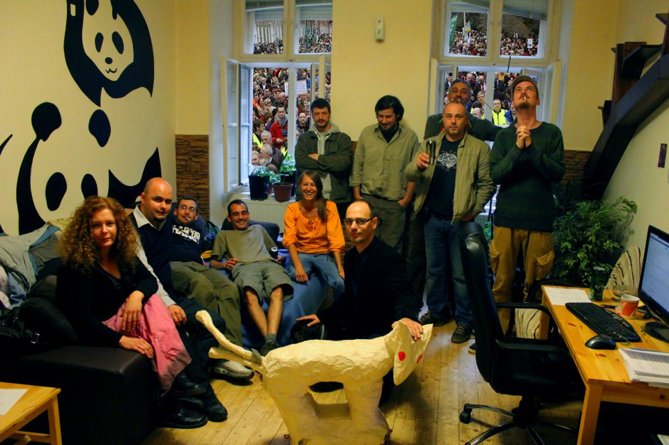 Kétfarkú Kutya Párt alakuló ülése.jpg