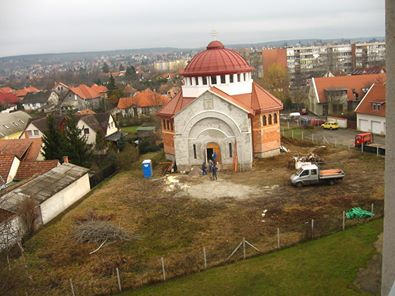 Templom ablakból.jpg