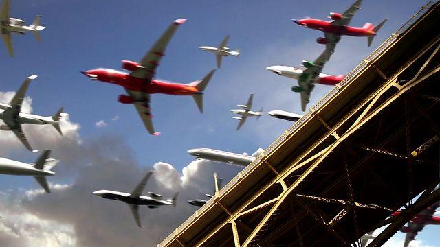 San Diego airport landings.jpg