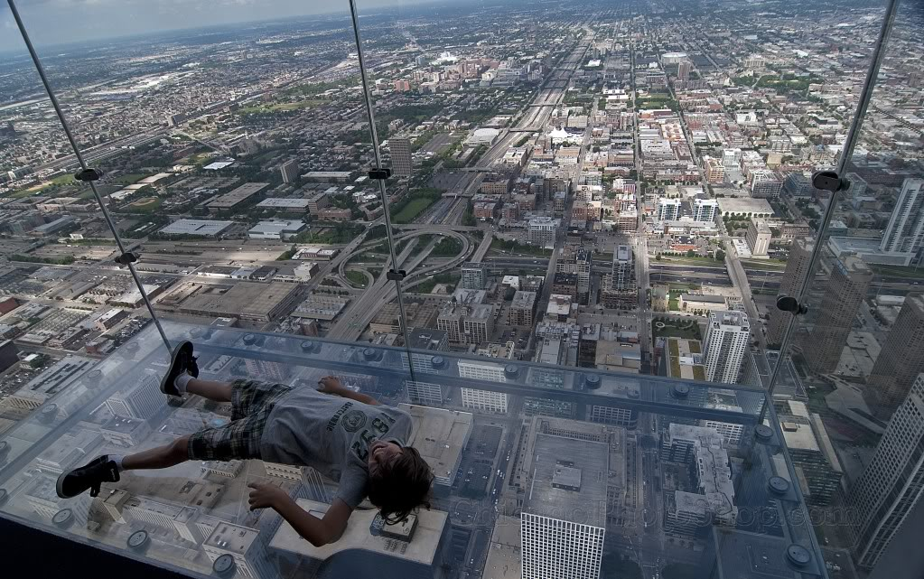 Sears (Willis)Tower _glass boxes3.jpg