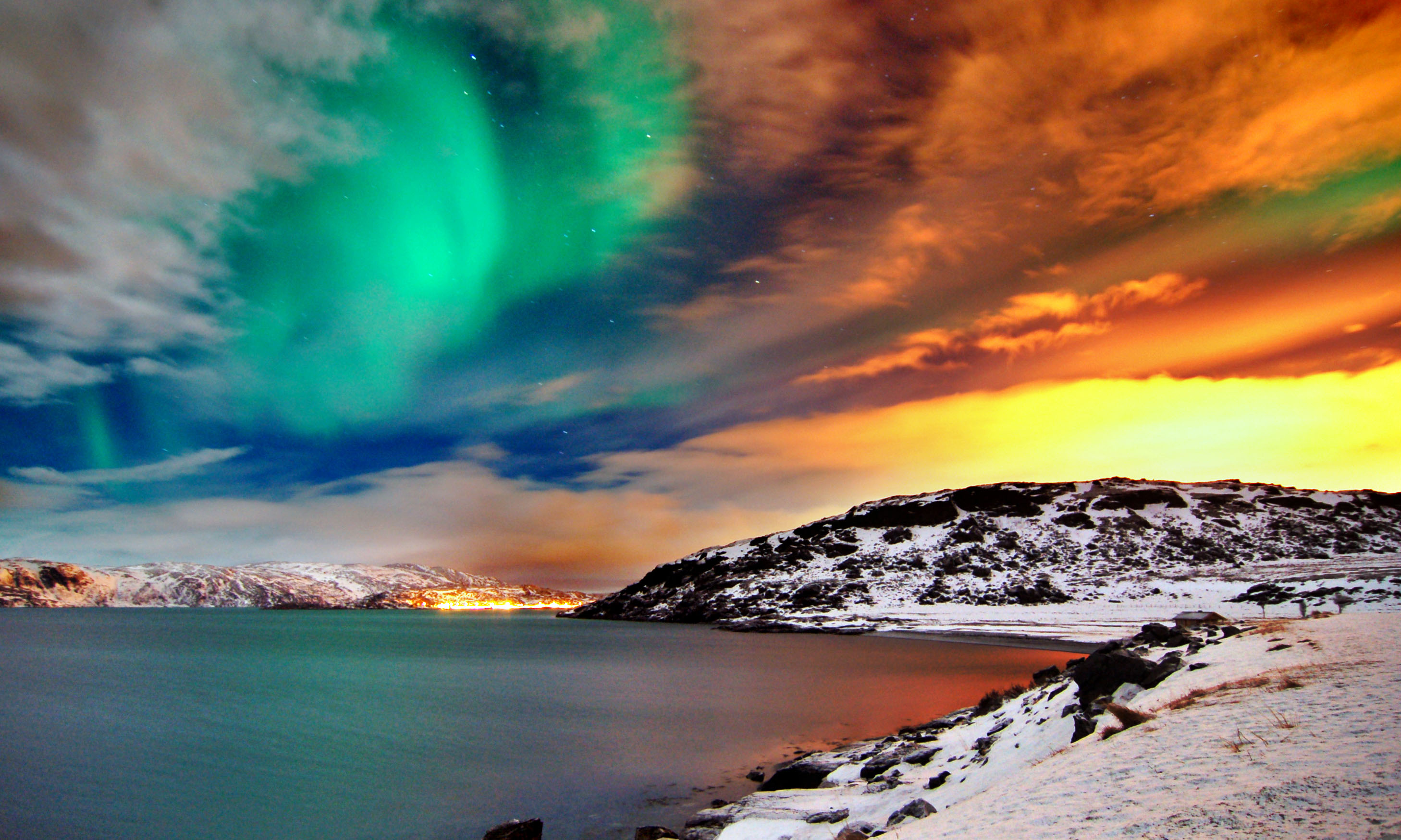 hammerfest-northern-lights.jpg