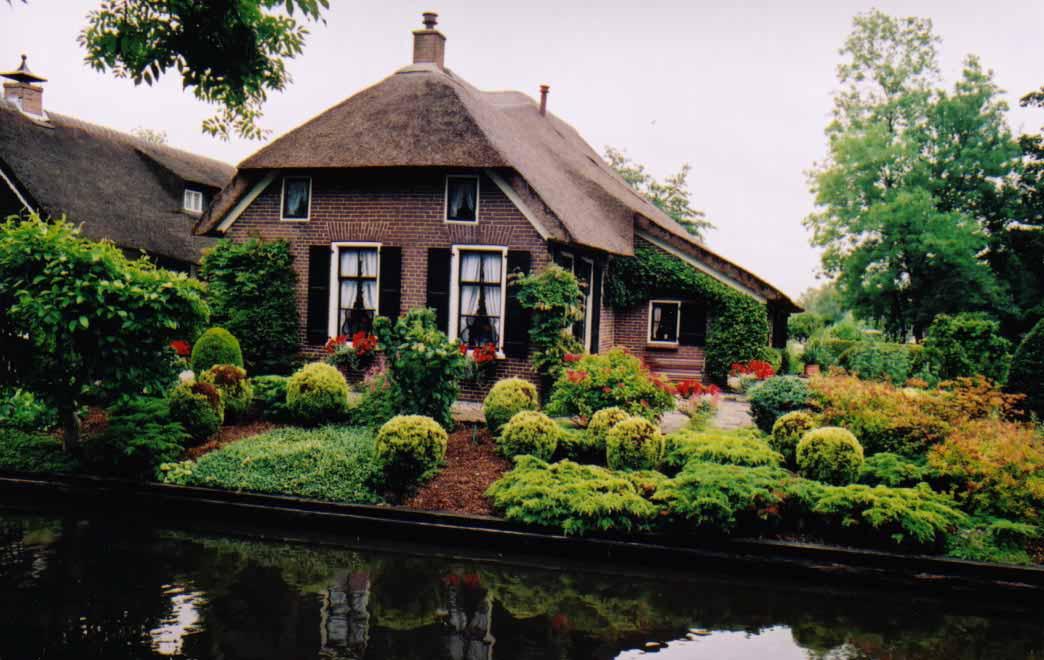 Nyugdíjas: Hollandia Velencéja: Giethoorn