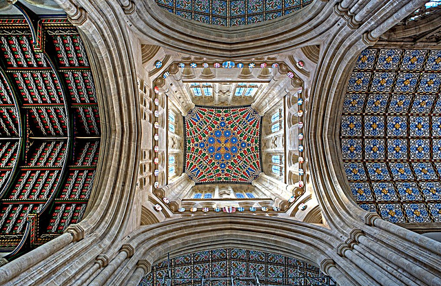 Bury St Edmunds Cathedral.jpg