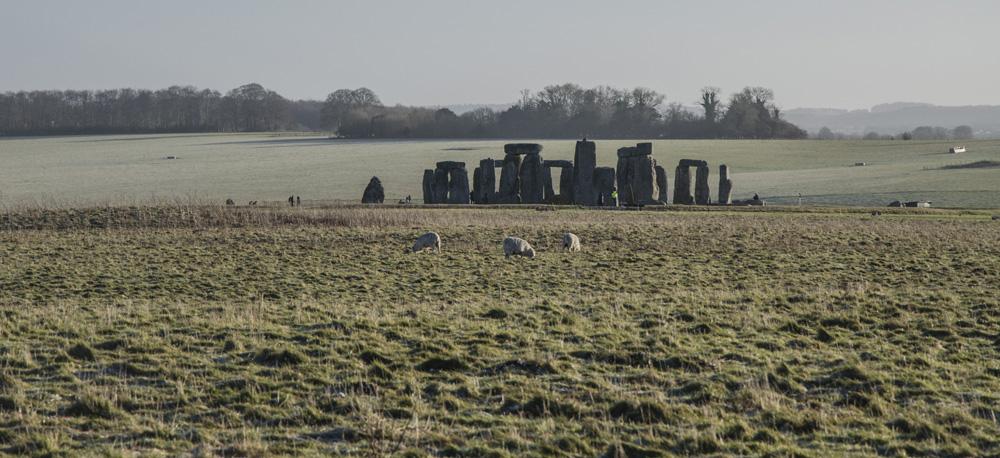 Stonehenge (2).jpg