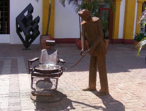szoborkiállítás2.jpg