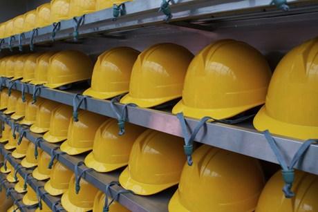 munkavédelmi-sisak-www.vofely.sk.jpg