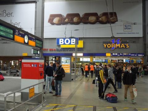 A BOB reklámja München Hauptbahnhof-on.
