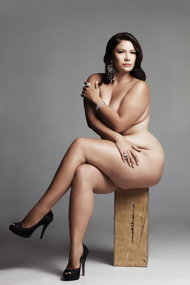 nora mørk rumpe naken model