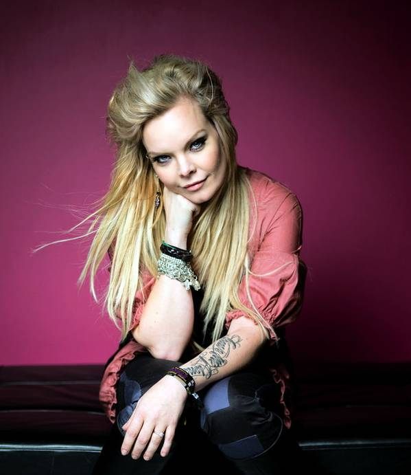 Anette Olzon (ex-Nightwish).jpg