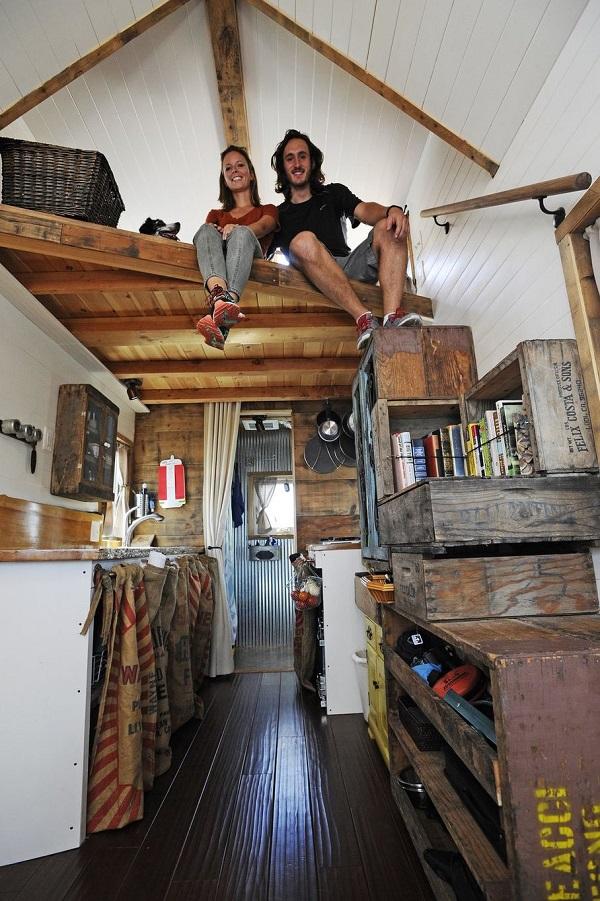 Tiny-House-Giant-Journey-Interior_1.jpg