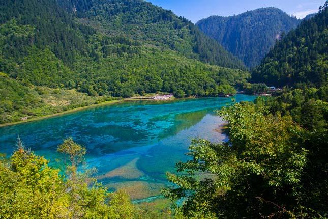 lake_jiuzhaigou-kina.jpg