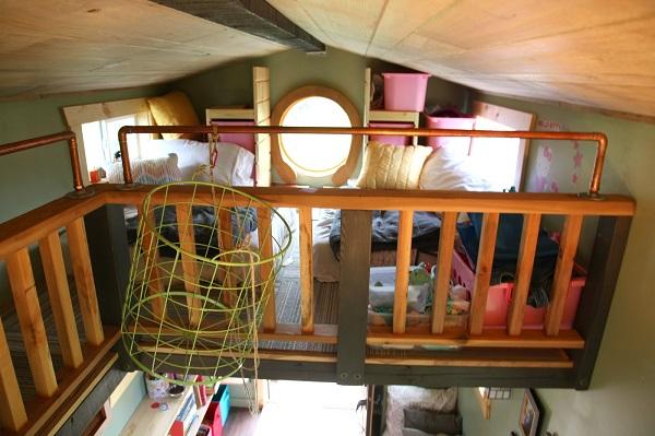 tinyhouse_kids loft.JPG