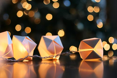 papercube_stringlights1b.jpg
