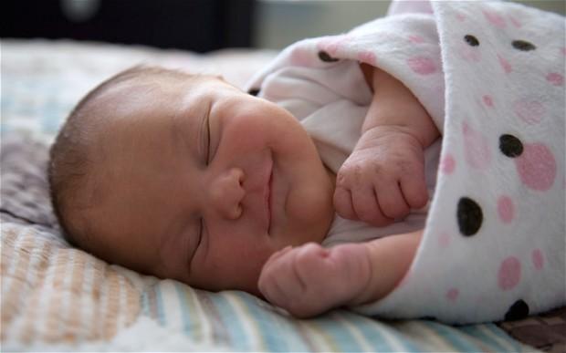 swaddle-baby_2165340b.jpg
