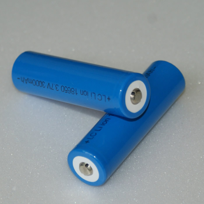 Aksi-18650-kék.jpg