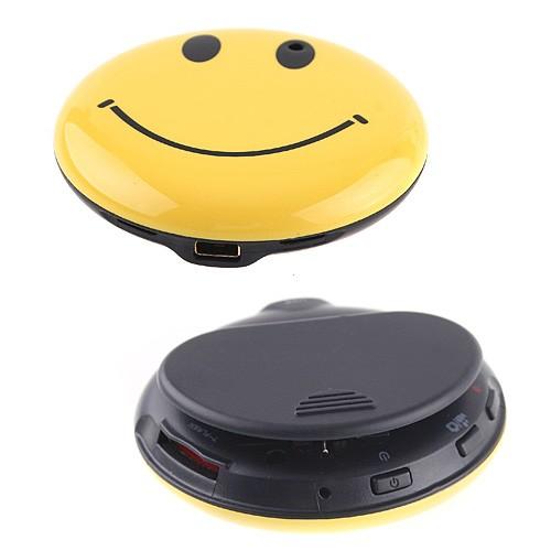 smiley--mosoly-kituzo-rejtett-kamera-03.jpg