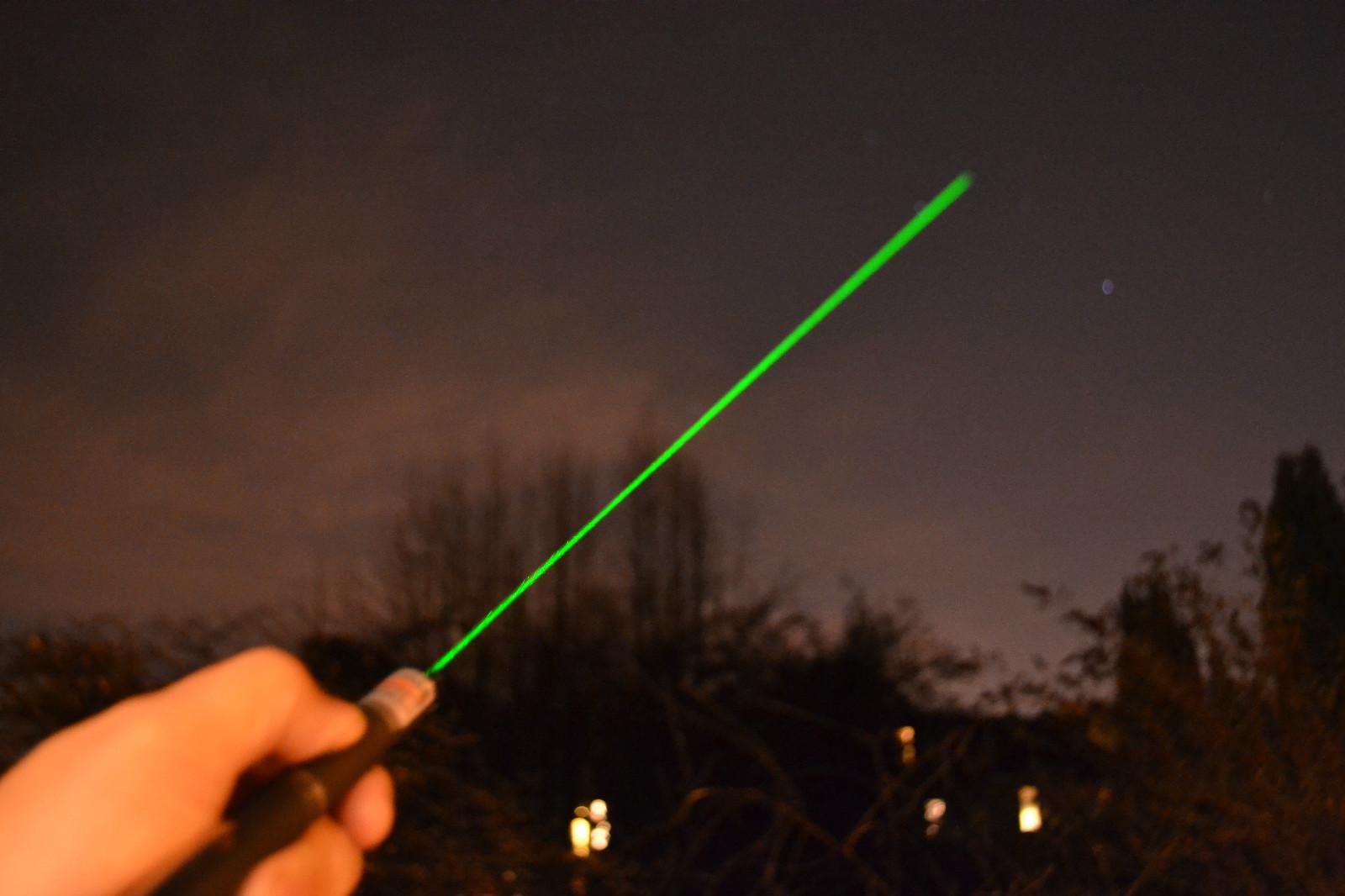 Lézer-pointer-mutató-csillag-fejjel-zöld 9.JPG