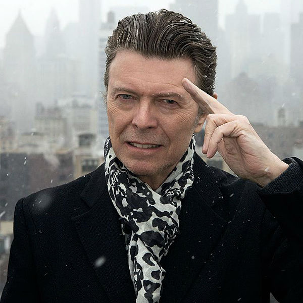 Bowie-Salute-Glast-600.jpg