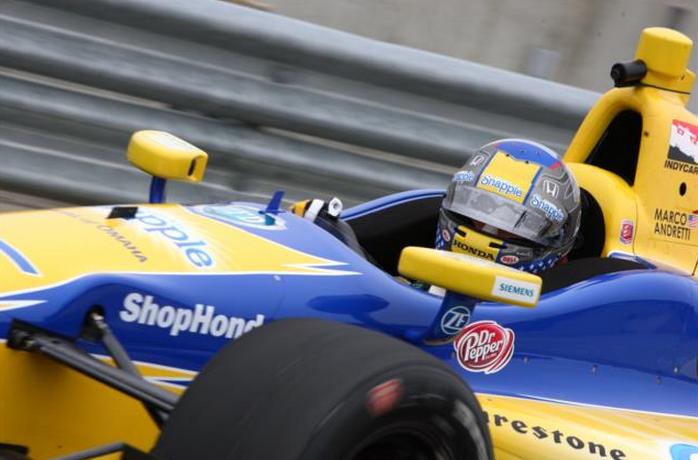 Marco Andretti egy rohadt jó kameraállásból.