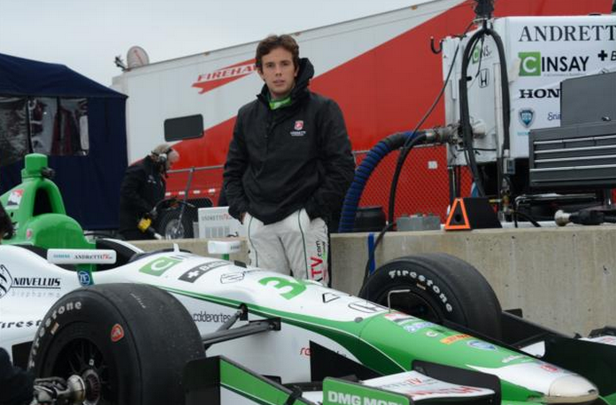 Az Andretti Autosport újonca, Carlos Munoz összpontosít.